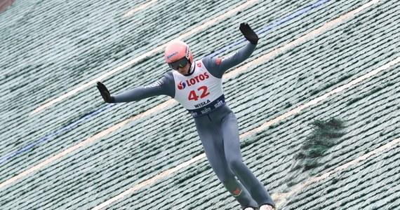 Reprezentant gospodarzy Karl Geiger wygrał w niemieckim Hinterzarten drugi w sezonie indywidualny konkurs Letniej Grand Prix w skokach narciarskich. Najlepszy z Polaków Andrzej Stękała zajął 13. miejsce.