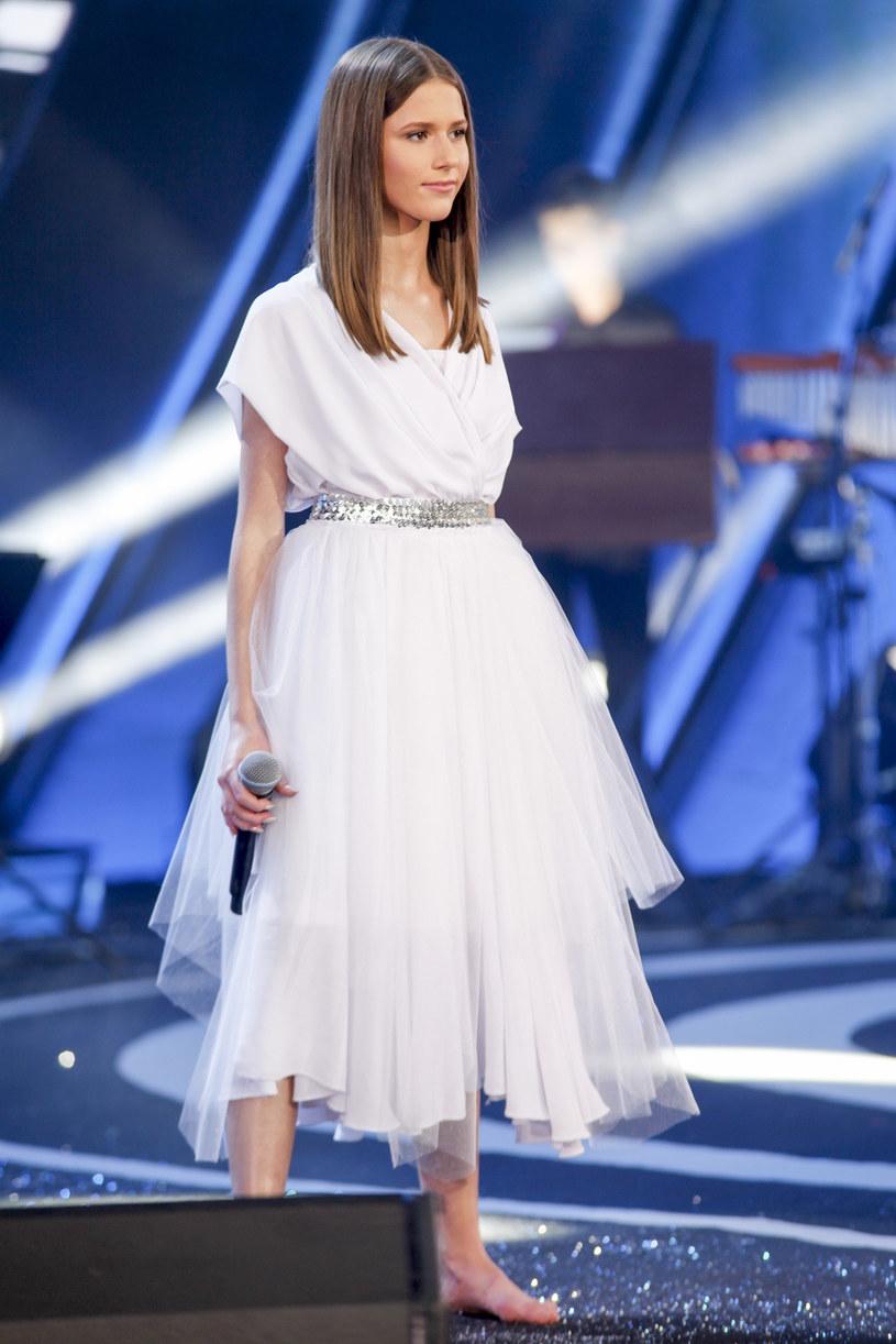 Roksana Węgiel była jedną z uczestniczek piątkowego Międzynarodowego Festiwalu Talentów im. Anny German. Krótko po występie wokalistki pojawiły się komentarze o jej wspomaganiu się playbackiem. Szybko zareagował menedżment 14-latki.
