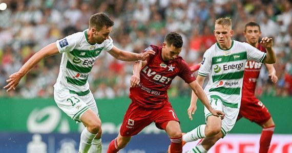 W niedzielnym meczu drugiej kolejki ekstraklasy piłkarze Lechii zremisowali na własnym stadionie z Wisłą Kraków 0:0. Nie było to najwyższych lotów spotkanie, na co wpływ miał z pewnością fakt, że gdańszczanie po pucharowej potyczce z Broendby Kopenhaga wystąpili w rezerwowym zestawieniu.