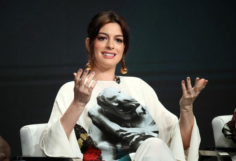 """Aktorka zdobyła się na to wyznanie podczas rozmowy z gospodarzem programu Jimmy Kimmel Live! Opowiadając o swoim najnowszym filmie """"Czarownice"""", ujawniła też, co myśli o powiększeniu swojej czteroosobowej rodziny."""