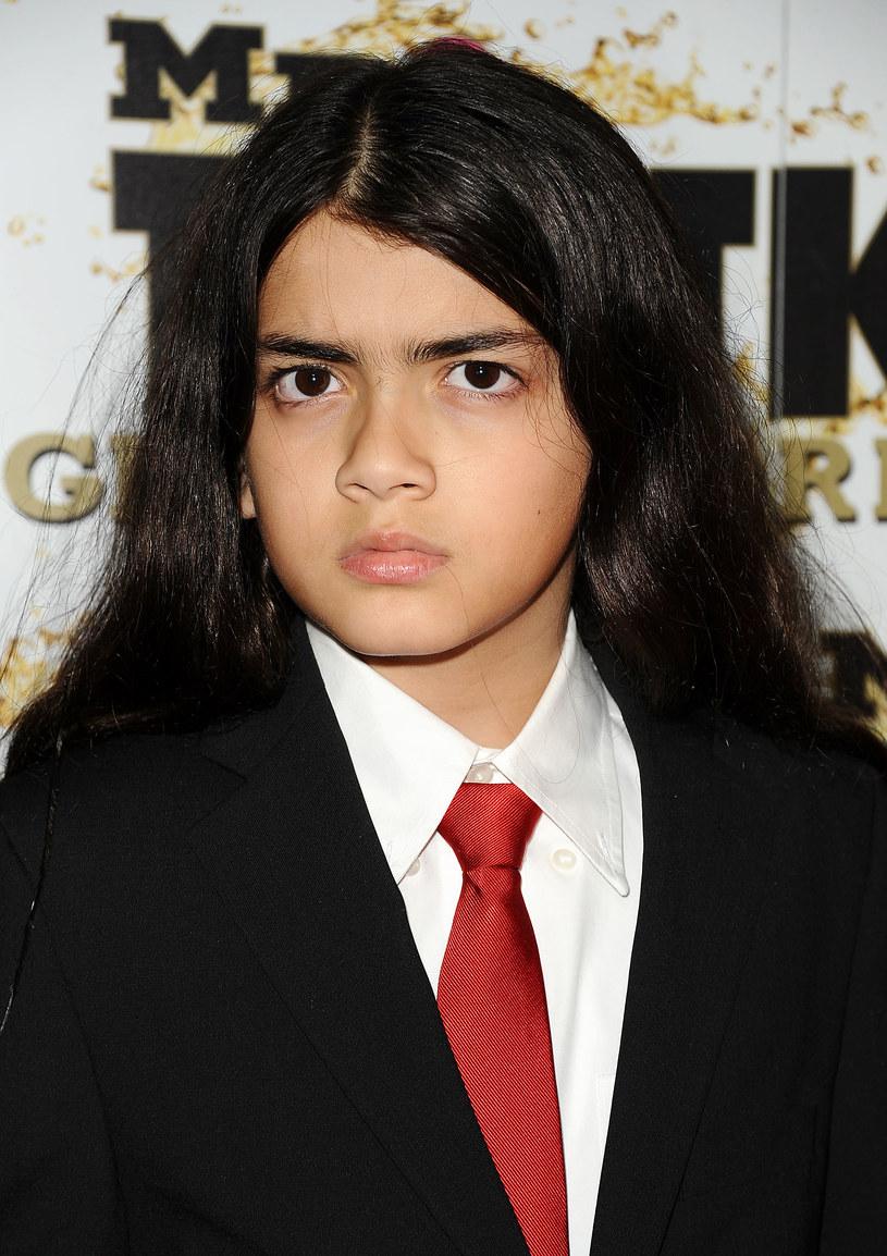 Do sieci trafiły najnowsze zdjęcia Bigiego (Blanketa) Jacksona, najmłodszego syna Michaela Jakcsona. Jak dziś wygląda 17-letni syn legendy?