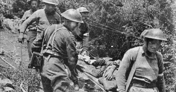 Polski żołnierz, który w bitwie pod Monte Cassino stracił nogę oraz kobieta, która się nim wtedy zajmowała spotkali się po 75 latach. Oboje zamieszkali w tym samym domu opieki w Wielkiej Brytanii.