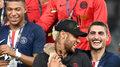 Szatnia PSG nie chce Neymara? Kuriozalne sceny po Superpucharze Francji. Wideo