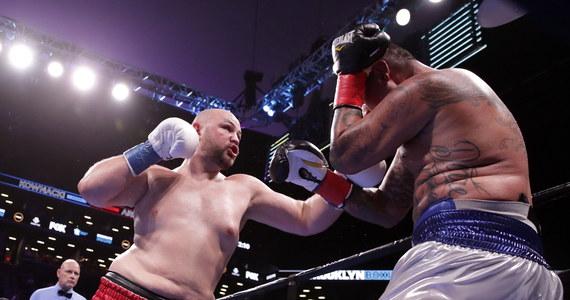 Adam Kownacki wygrał jednogłośnie na punkty z Amerykaninem Chrisem Arreolą i zdobył w Nowym Jorku pas IBF Inter-Continental kategorii ciężkiej. Tym zwycięstwem polski bokser przybliżył się do walki o mistrzostwo świata.