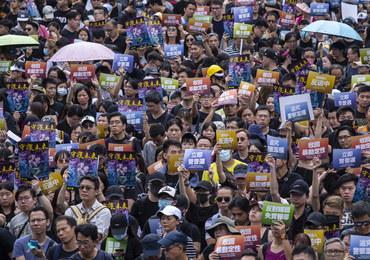 """""""Rewolucja naszych czasów"""". Kolejne starcia z policją w Hongkongu"""