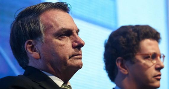 """Prezydent Brazylii Jair Bolsonaro nazwał """"bohaterem narodowym"""" zmarłego w 2015 roku pułkownika Carlosa Brilhante, który w okresie dyktatury wojskowej (1964-1985) szefował służbie odpowiedzialnej za torturowanie i śmierć więźniów politycznych."""