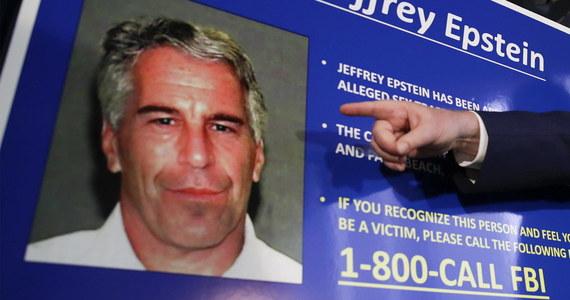 Jeffrey Epstein, miliarder i finansista oskarżony o nakłanianie do prostytucji i wykorzystywanie nieletnich dziewczyn, został znaleziony martwy w swojej celi - informuje telewizja NBC News.