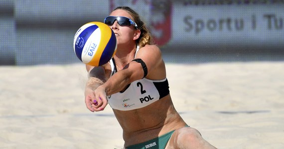 Siatkarki plażowe Kinga Wojtasik i Katarzyna Kociołek zdobyły srebrny medal mistrzostw Europy w Moskwie. W finale przegrały z Łotyszkami Tiną Graudiną i Anastasiją Kravcenoką 0:2 (20:22, 19:21).