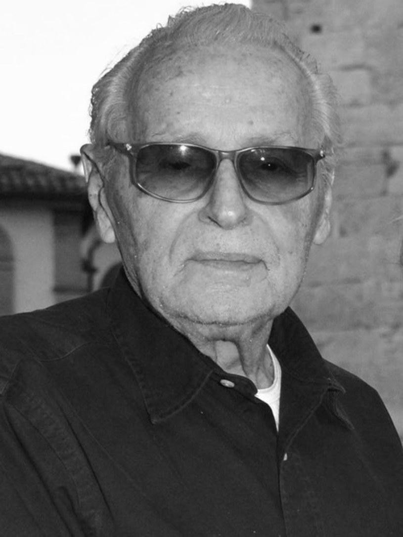 W sobotę 10 sierpnia 2019 roku w Rzymie odszedł Piero Tosi. Pięciokrotnie nominowany do Oscara kostiumograf miał 92 lata. W czasie swojej kariery współpracował z najważniejszymi twórcami włoskiego kina: Luchinem Viscontim, Vittoriem De Sicą, Lilianą Cavani, Federikiem Fellinim, Frankiem Zaffirellim i Pierem Paolem Pasolinim.