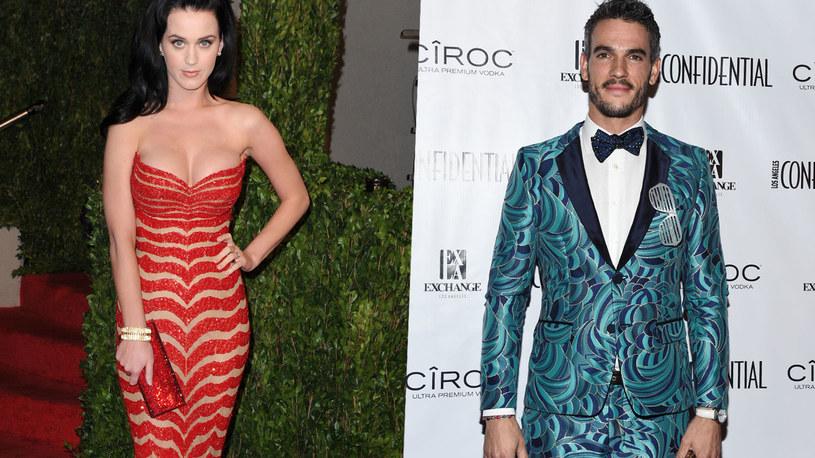"""Aktor Josh Kloss, który zagrał główną rolę w teledysku """"Teenage Dream"""" postanowił przerwać milczenie i oskarżył Katy Perry o molestowanie seksualne. """"Kobiety wykorzystujące swoją władzę są tak samo obrzydliwe"""" - miał komentować."""