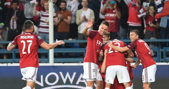 W pierwszym meczu 5. kolejki piłkarskiej ekstraklasy Wisła Kraków w efektownym stylu pokonała 4:0 ŁKS Łódź, dla którego była to trzecia kolejna porażka. Jednym z bohaterów spotkania był 36-letni Paweł Brożek, który zdobył dwie bramki.