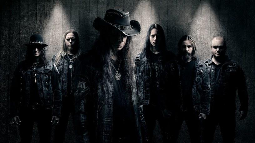 Black / deathmetalowa grupa Netherbird ze Sztokholmu wypuści pod koniec września piąty album.