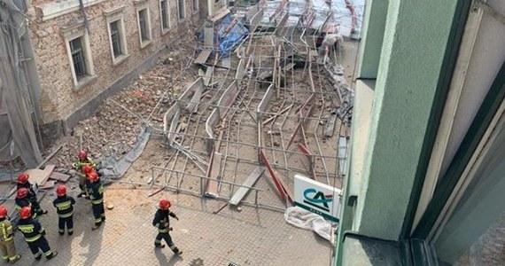 Groźny wypadek w czasie remontu budynku muzeum przy ulicy Kubsza w Wodzisławiu Śląskim. Runęło tam rusztowanie.