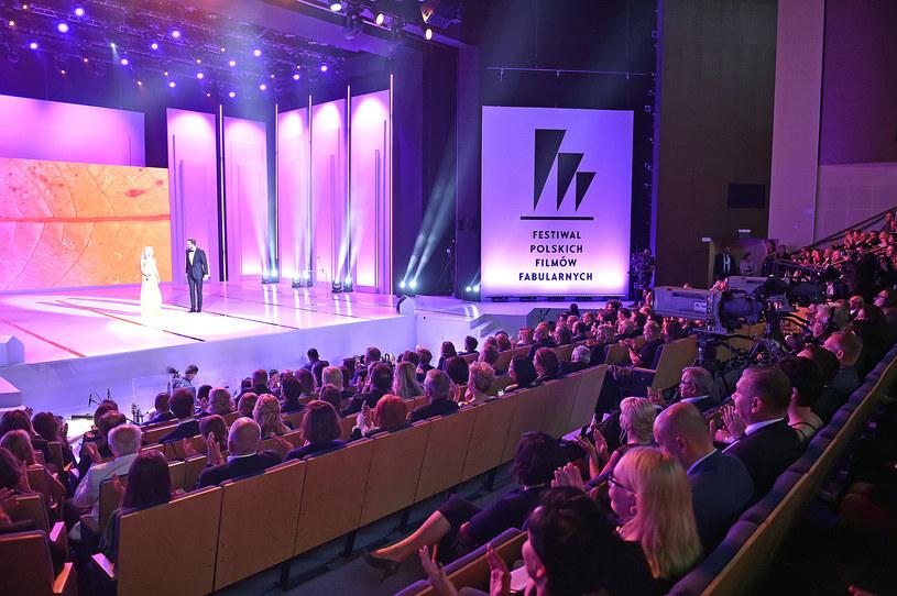 """Debiutancki pełnometrażowy film Piotra Adamskiego """"Eastern"""" będzie można zobaczyć na 44. Festiwalu Polskich Filmów Fabularnych w Gdyni. Obraz zostanie zaprezentowany w ramach pozakonkursowej sekcji Panorama Kina Polskiego."""