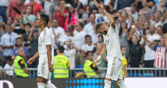 Real Madryt niespodziewanie tylko zremisował przed własną publicznością z Realem Valladolid 1:1 w 2. kolejce hiszpańskiej ekstraklasy piłkarskiej. Obie bramki zostały zdobyte w końcowych fragmentach spotkania.