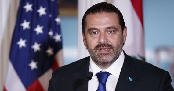 """Premier Libanu Saad Hariri odniósł się do ostatnich działań Izraela i pokreślił, że """"rażąco atakuje libańską suwerenność, a to zagraża stabilności regionu"""". Wcześniej na przedmieścia Bejrutu spadły dwa izraelskie drony, z których jeden eksplodował, uszkadzając budynek centrum medialnego Hezbollahu."""