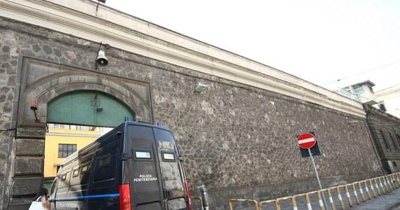 32-letni Polak uciekł w niedzielę z więzienia Poggioreale w Neapolu - podały włoskie media. To pierwsza ucieczka z tego zakładu karnego od 100 lat.
