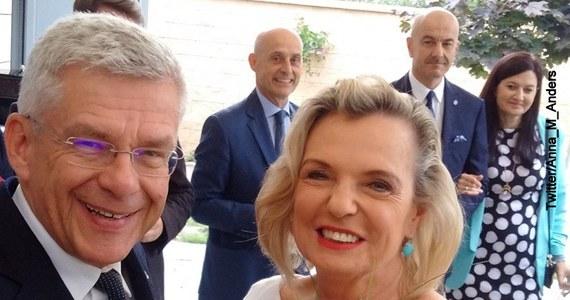 """Anna Maria Anders poinformowała w poniedziałek, że zrezygnowała z mandatu senatora. """"Panu marszałkowi Stanisławowi Karczewskiemu i Senatowi dziękuję za współpracę"""" - napisała na Twitterze. Anna Maria Anders ma zostać ambasadorem Polski we Włoszech."""