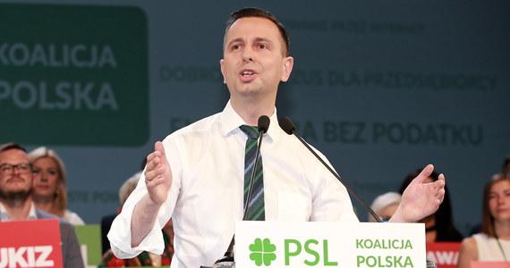 Deklaracje m.in. obniżenia kosztów i likwidacji barier dla przedsiębiorców zawiera pakt dla przedsiębiorców podpisany przez przedstawicieli PSL-Koalicji Polskiej. Przedsiębiorcy mogą liczyć na środowisko, które buduje centrową ofertę dla Polski - zapewnił szef PSL Władysław Kosiniak-Kamysz.