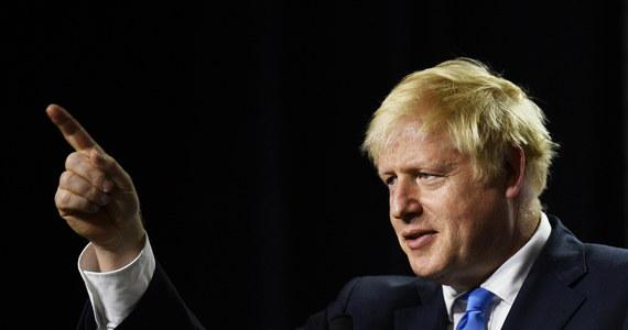 Brytyjski premier Boris Johnson zamierza zawiesić funkcjonowanie parlamentu, żeby przeprowadzić brexit. O zgodę poprosił królową Elżbietę II.