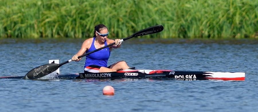 Karolina Naja zdobyła trzy złote medale pierwszego dnia 82. mistrzostw Polski w kajakarstwie rozgrywanych w Poznaniu. Srebrny medal w K1 1000 m wywalczyła Beata Rosolska (d. Mikołajczyk), która wróciła do sportu po blisko dwóch latach przerwy.