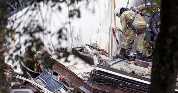 Kilka budynków zostało zniszczonych w wyniku eksplozji na przedmieściach belgijskiej Antwerpii, w miejscowości Wilrijk. Na razie nie wiadomo, co było przyczyną wybuchu.