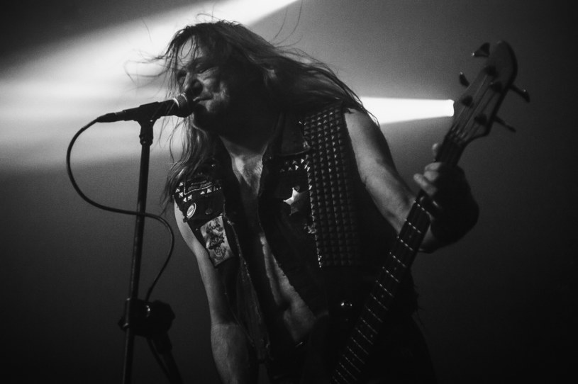 "Niemiecki Sodom, żywa legenda thrash metalu, wyda w listopadzie nową EP-kę ""Out Of The Frontline Trench""."