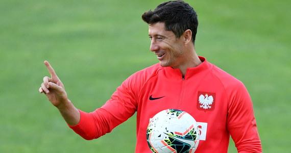 Kapitan reprezentacji Polski Robert Lewandowski (Bayern Monachium) został nominowany przez FIFA i związek piłkarzy FIFPro do Drużyny Roku. Znalazł się w gronie 15 wybranych napastników. Wyniki plebiscytu będą ogłoszone 23 września w Mediolanie.