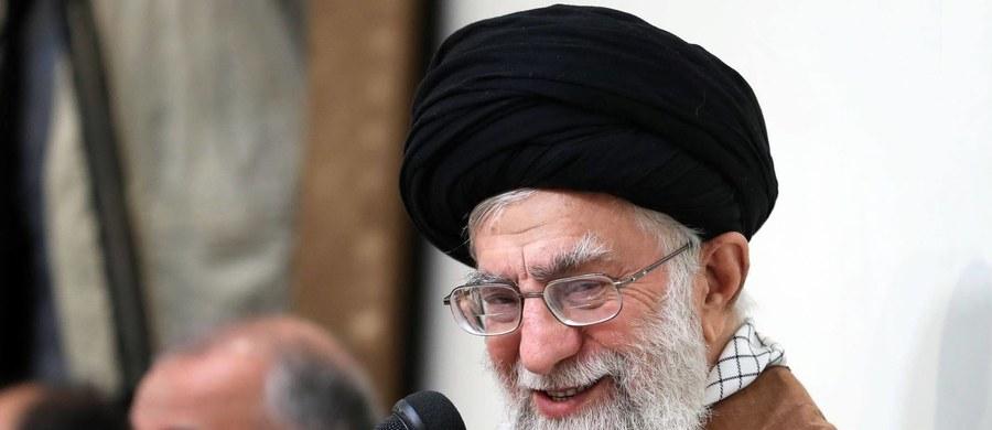 Najwyższy irański przywódca duchowo-polityczny ajatollah Ali Chamenei oświadczył, że jego kraj nigdy nie będzie prowadził rozmów ze Stanami Zjednoczonymi. Dodał, że amerykańska polityka maksymalnej presji poniesie klęskę.