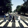 """The Beatles znów podbijają listy przebojów: 50 lat płyty """"Abbey Road"""""""