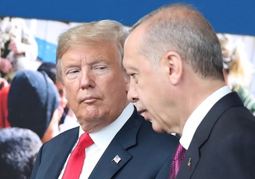 """Erdogan z Trumpem o """"strefie bezpieczeństwa"""" w Syrii. Prezydent Turcji wyraził rozczarowanie"""