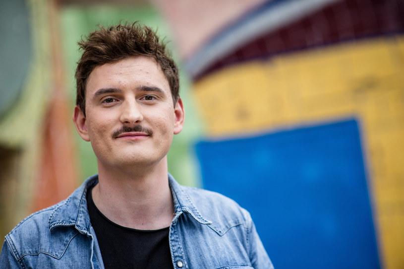 Dawid Podsiadło opublikował nowy film, w którym przekazuje, dlaczego warto pójść na wybory. Oddał też głos innym gwiazdom.