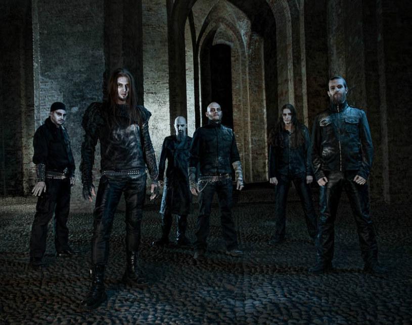 Blackmetalowa grupa Dark Fortress z Niemiec kończy nagrania nowego albumu.