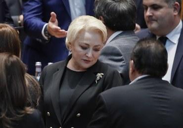 """W Rumunii upadł rząd. """"Niezwykła mobilizacja"""" opozycji"""