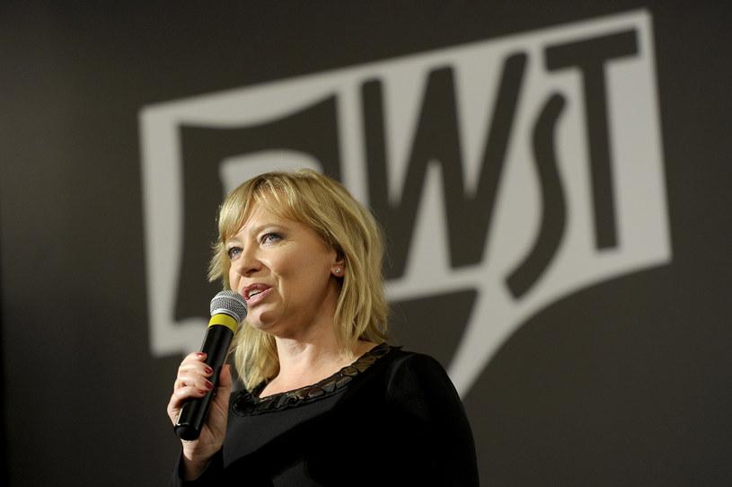 Dotychczasowa rektor Akademii Sztuk Teatralnych (AST) im. Stanisława Wyspiańskiego w Krakowie prof. Dorota Segda została wybrana w poniedziałek przez kolegium elektorów na kolejną kadencję, na lata 2020-2024 – poinformowała uczelnia.