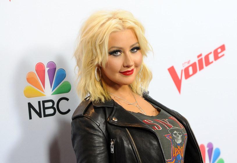 Christina Aguilera przyznała, że w przeszłości wielokrotnie miała okazję doświadczać nieodpowiedniego zachowania ze strony mężczyzn z branży muzycznej, jednak nie ma zamiaru ujawniać nazwisk osób, które źle ją traktowały.