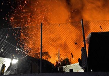 Pożar w obozie dla imigrantów: Setki osób bez dachu nad głową