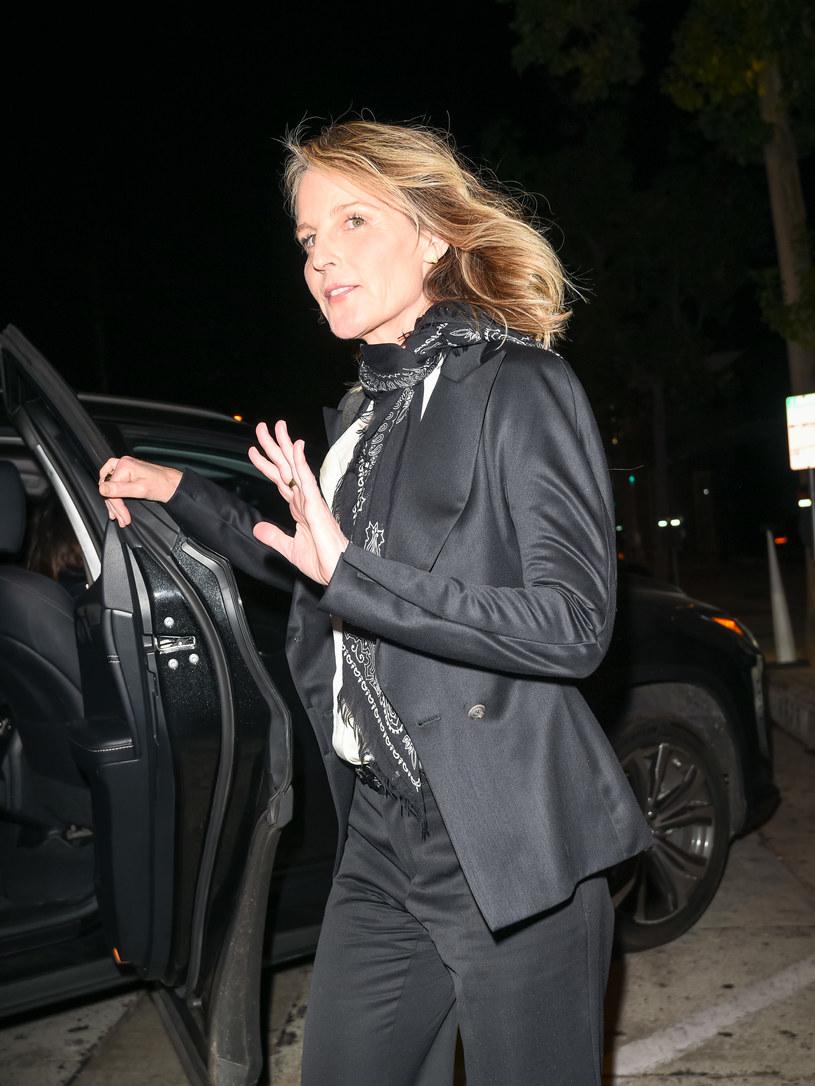 Aktorka Helen Hunt trafiła do szpitala po groźnie wyglądającym wypadku samochodowym w Los Angeles. Portal TMZ. com udostępnił nagranie ze zdarzenia, na którym widać, jak samochód, w którym znajdowała się Hunt, przewraca się na bok po zderzeniu z innym pojazdem.
