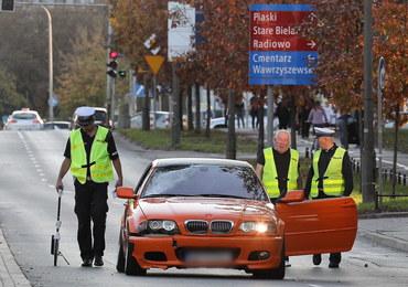 Tragiczny wypadek w Warszawie: Kierowca wjechał w mężczyznę, który szedł z wózkiem