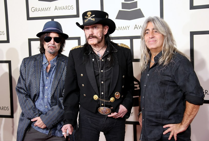 Organizatorzy Rockandrollowego Salonu Sław postanowili dodać dwa nazwiska muzyków do składu grupy Motörhead - to skutek protestów fanów.