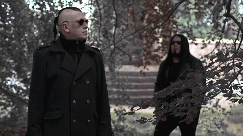 """22 listopada światło dzienne ujrzy """"Abandon All Faith"""", debiutancki album brytyjskiej grupy Strigoi."""
