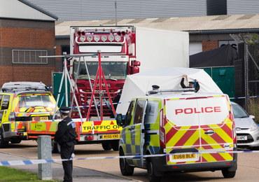 39 ciał w ciężarowce. Przypłynęła do Wielkiej Brytanii z Belgii