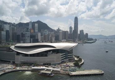 Media w Hongkongu: 25-letni Polak zmarł po upadku z wysokości