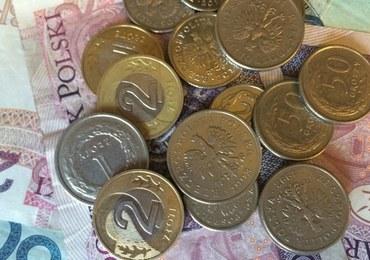 Ponad połowa Polaków spodziewa się recesji. Zaczynamy oszczędzać