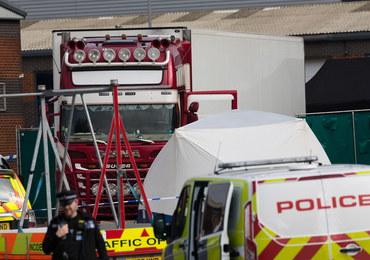 39 przemycanych osób zamarzło w ciężarówce. Wiadomo, skąd pochodzili