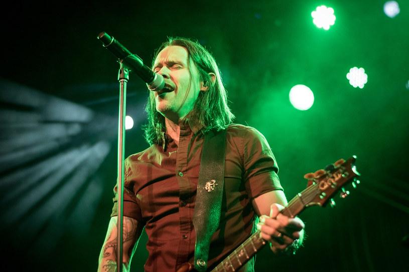 Zaplanowany na 23 listopada w Hali Koło w Warszawie koncert rockowej grupy Alter Bridge został przeniesiony do Areny Ursynów.