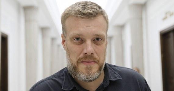 W ciągu tygodnia zapadnie decyzja ws. formuły reprezentacji Lewicy Razem w Sejmie - powiedział lider partii Adrian Zandberg pytany, czy jego ugrupowanie dołączy do wspólnego klubu Wiosny i SLD, czy jednak stworzy osobne koło.