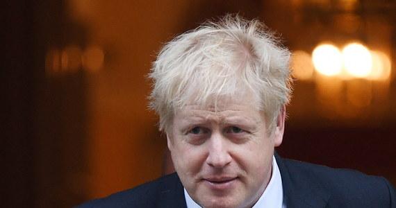 Premier Wielkiej Brytanii Boris Johnson potwierdził w liście do szefa Rady Europejskiej Donalda Tuska zgodę swojego kraju na elastyczne przedłużenie brexitu - podał rzecznik Tuska Preben Aamann. Premier Wielkiej Brytanii podkreśla jednak, że nie będzie dalszego opóźniania wyjścia z Unii, jak tylko do 21 stycznia 2020 roku.