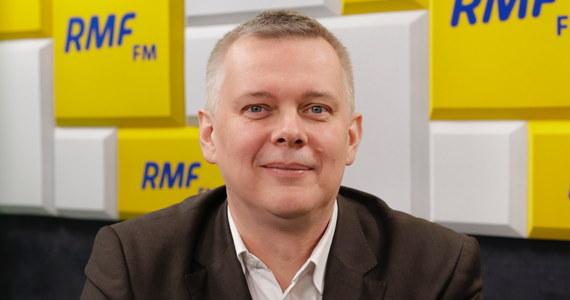 """""""Nie planuję kandydowania w prawyborach prezydenckich"""" - deklarował w Porannej rozmowie w RMF FM Tomasz Siemoniak. """"Mamy bardzo mocne kandydatury - Donalda Tuska, Małgorzatę Kidawę-Błońską, jest Rafał Trzaskowski, Radosław Sikorski. Koalicja Obywatelska ma bardzo mocny zespół, który jest w stanie rywalizować ze sobą w prawyborach"""" - zapewniał gość Roberta Mazurka."""
