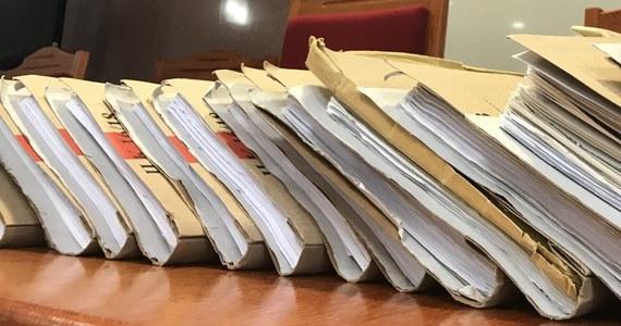Do Trybunału Sprawiedliwości Unii Europejskiej w Luksemburgu wpłynęła skarga Komisji Europejskiej przeciwko Polsce w sprawie systemu dyscyplinarnego dla sędziów - przekazały służby prasowe TSUE. KE chce rozpatrzenia skargi w trybie przyspieszonym.